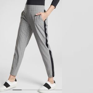 Athleta | Brooklyn Ankle Pant Black White Plaid